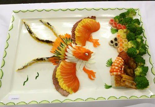 为海外繁荣中餐弘扬中国烹饪文化率五位国家级厨师访问多伦多